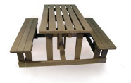 ExtruWood recycled plastic picnic set free standing