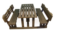ExtruWood recycled plastic picnic set with back