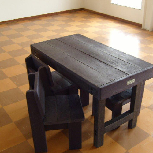 ExtruWood recycled plastic school benches 2